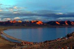 世界上海拔最高的湖泊,纳木错湖面海拔4718米