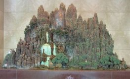 世界上最大的陶塑作品,长度有4.866米
