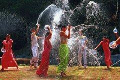 什么是傣族人民最大的节日?当数傣族泼水节