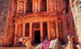 约旦佩特拉古城之谜,由巴泰人建造