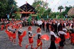 景颇族的传统节日,目瑙纵歌节最为隆重