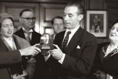 第一个获得金球奖的球员:斯坦利·马休斯(1956年获得)