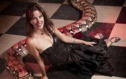 世界上最大的圈养蛇:7.62米蟒蛇美杜莎